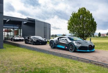 Первые счастливчики получили свои Bugatti Divo