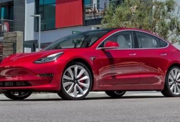 Tesla Model 3 vs Toyota Camry: эксперты сравнили стоимость 5-летнего владения авто (ВИДЕО)